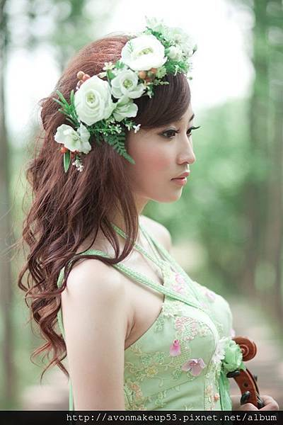 大花圈 浪漫大捲髮 個人寫真 台北新娘秘書雅芳