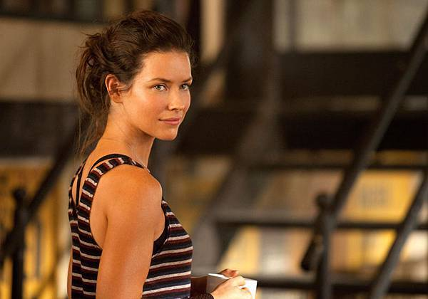 real_steel-15-evangeline_lilly