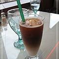 """[skylark] 男友點的""""冰咖啡"""",還蠻好喝的...."""