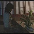 [白夜行] 知道篠塚與好友在一起後,雪穗在夜裡毀花-1