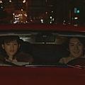 [白夜行] 篠塚學長與雪穗在車上的高手對招。兩人都一樣聰明也知道對方心機。