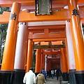 06-伏見稲荷大社-千本鳥居2