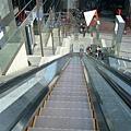 06-京都駅-伊勢丹-手扶梯