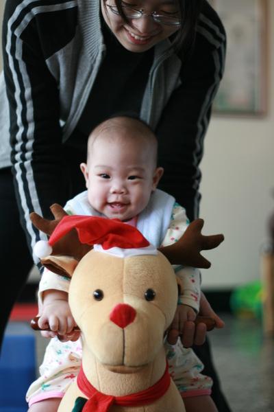 聖誕騎麋鹿