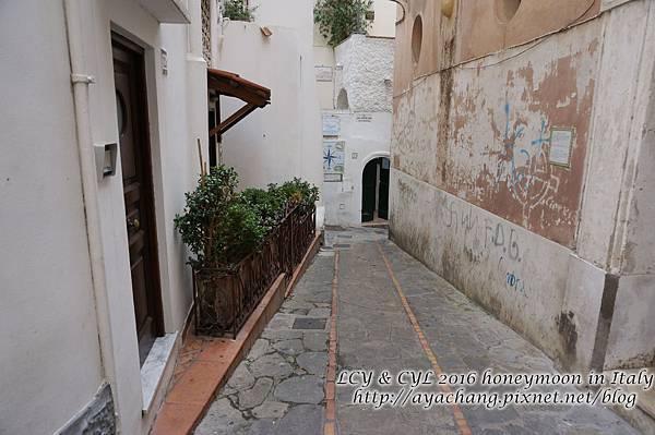 Day05-Capri (117).jpg