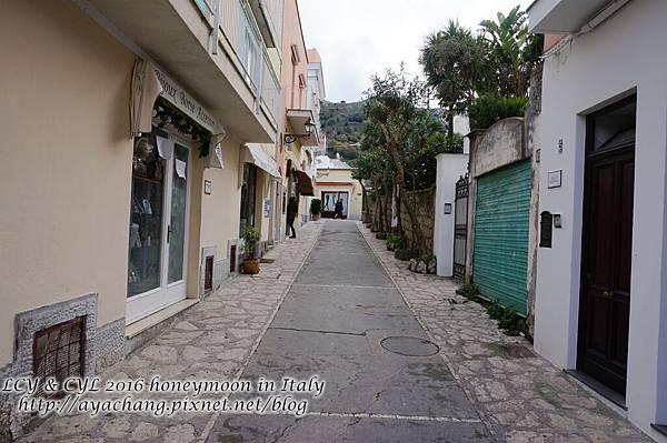 Day05-Capri (279).jpg