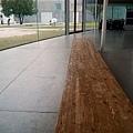 0407 大雨中的金澤21世紀美術館06