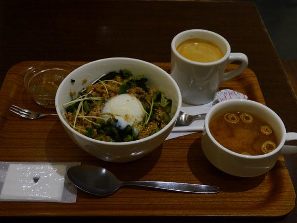 0410 午餐04