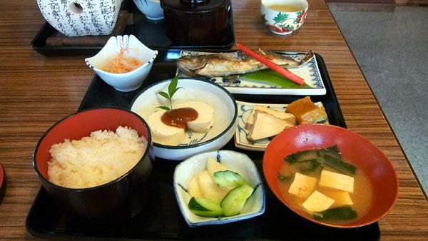 1010 白川鄉午餐05.JPG
