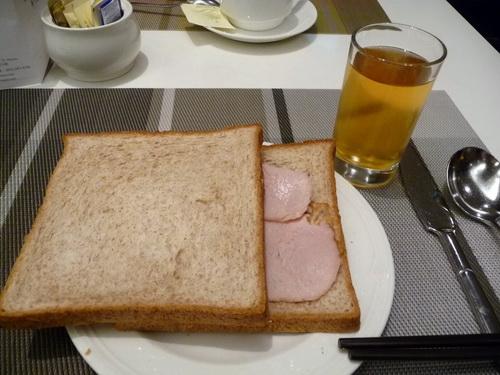 1011-酒店早餐02.JPG