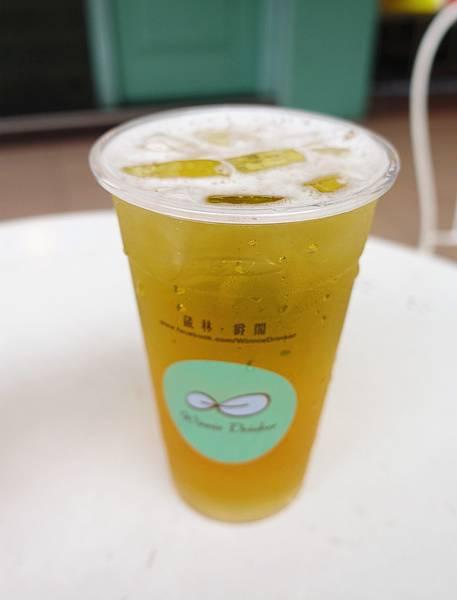 winne drinker 金萱.jpg