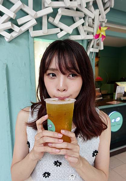 winnie drinker金萱.jpg
