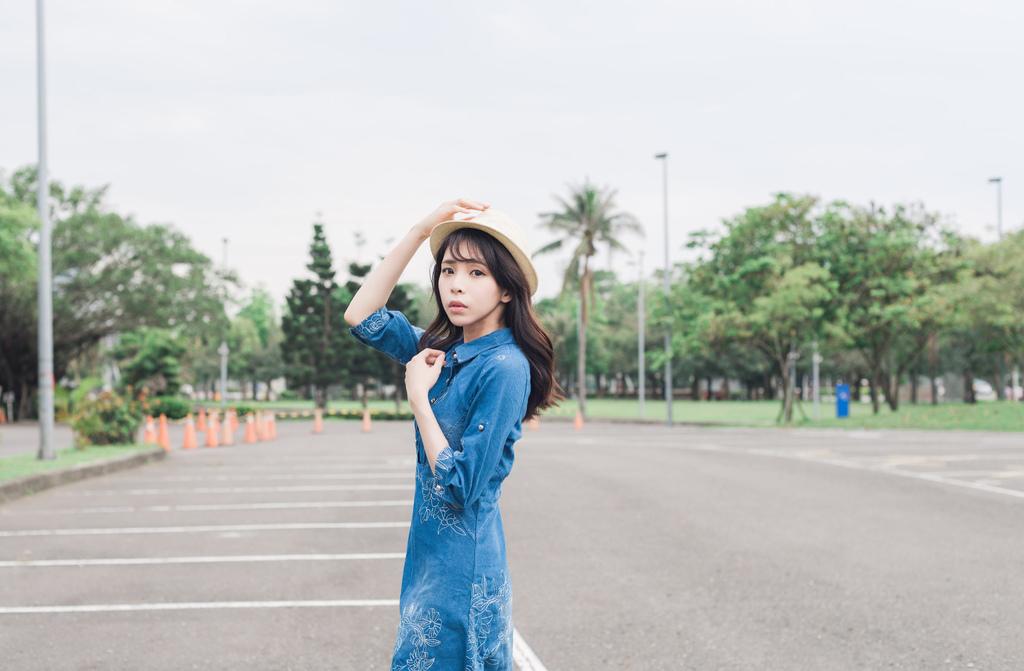 Jisen歐美風修身牛仔洋裝珂荷莉9s.jpg