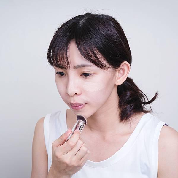 Jenny House光潤無瑕底妝組完美肌膚專業遮瑕粉底.jpg