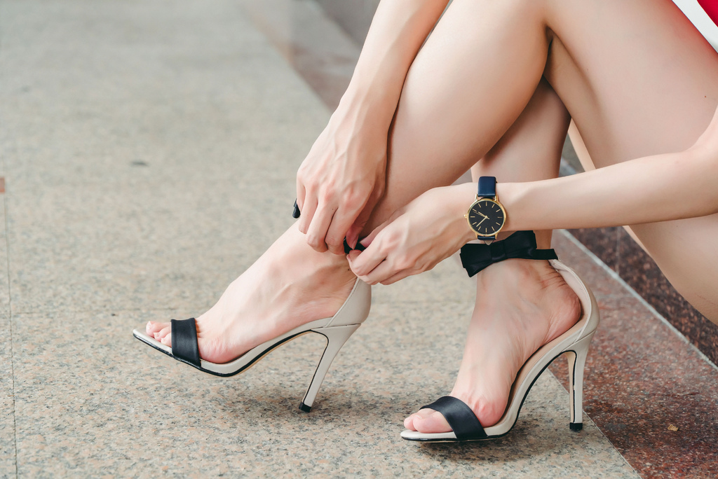 zalora 珂荷莉shoeswatch.jpg