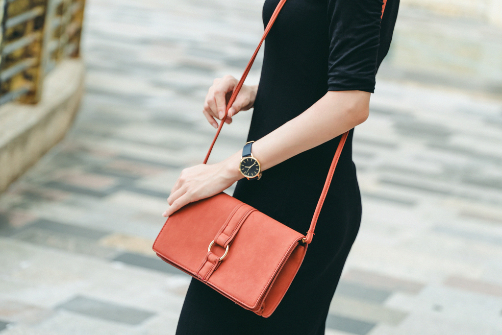 zalora dress bag watch 珂荷莉.jpg