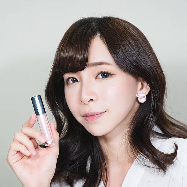 veeeege繽紛閃耀LED唇蜜組 珂荷莉 水潤粉3 forblog.jpg