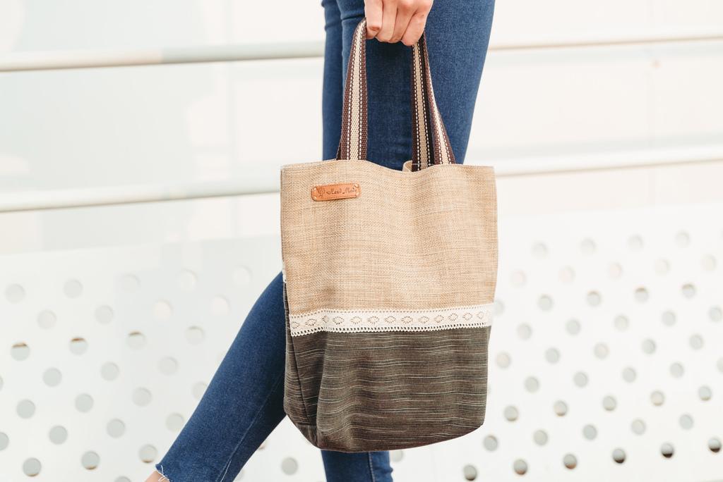 EIQ日系質感系列 純手工環保材質磁扣手提包 哎喔購物網 珂荷莉6.jpg