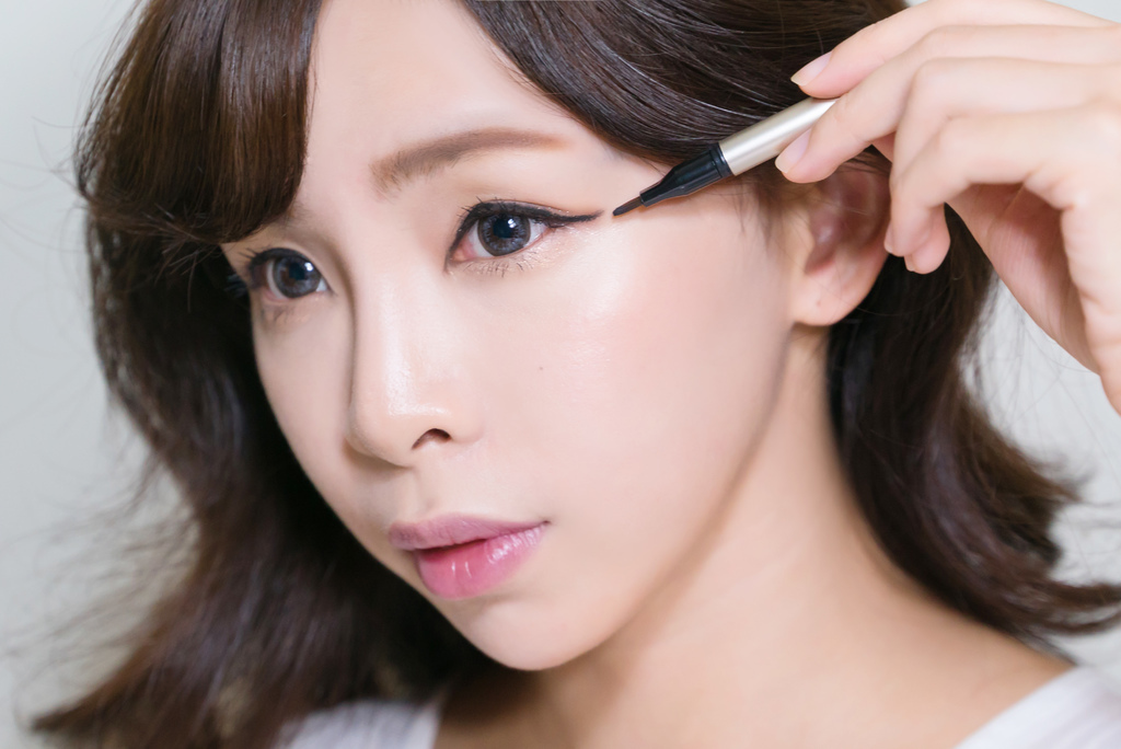 LAMY Cosmetics羅美化妝品 GEL EYE LINER bntnews.jpg