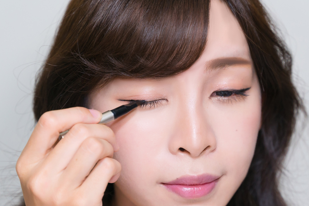 LAMY Cosmetics羅美化妝品 GEL EYE LINER bntnews 珂荷莉 5.jpg