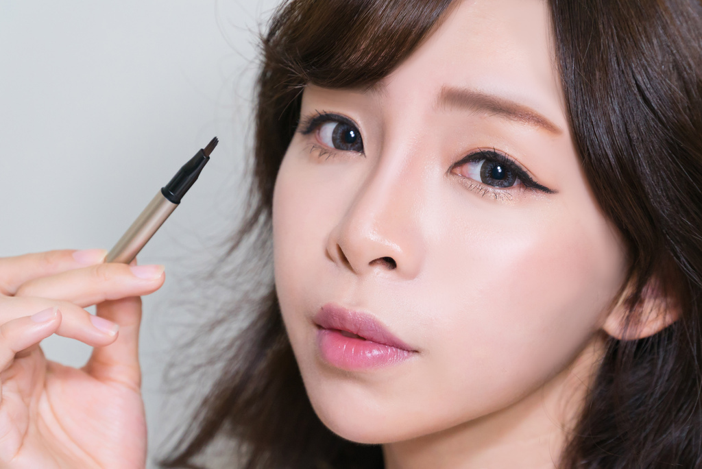 LAMY Cosmetics羅美化妝品 GEL EYE LINER bntnews 珂荷莉 6.jpg