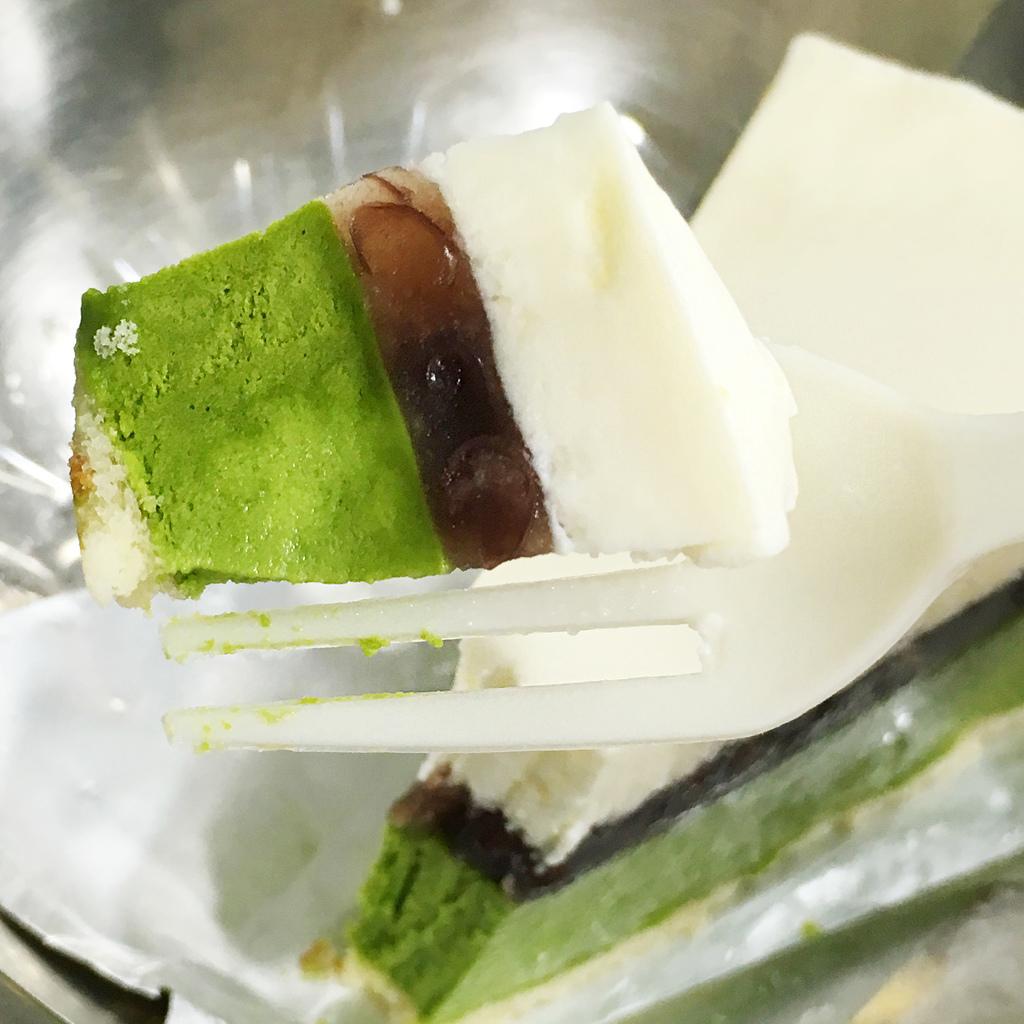 萊爾富ajinomoto抹茶起司蛋糕6 .jpg