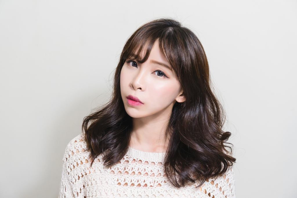 珂荷莉美妝 初秋微醺巧克力妝容 za矚目焦點眼影盒.jpg