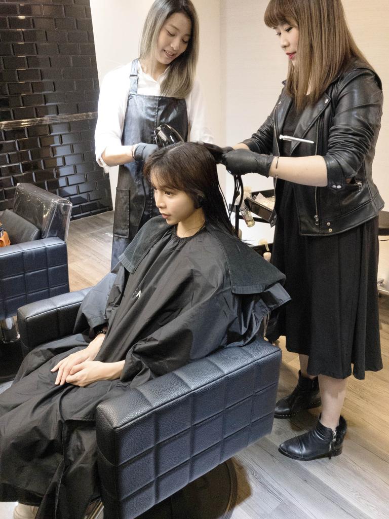GENIC101 hair salon5.jpg