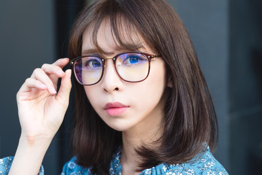ASLLY濾藍光眼鏡 珂荷莉Coralie blog.jpg