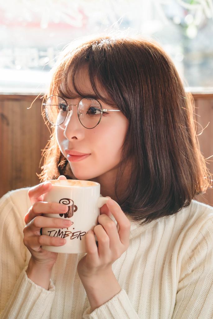 Croisglasses葵洛斯眼鏡2 珂荷莉.jpg