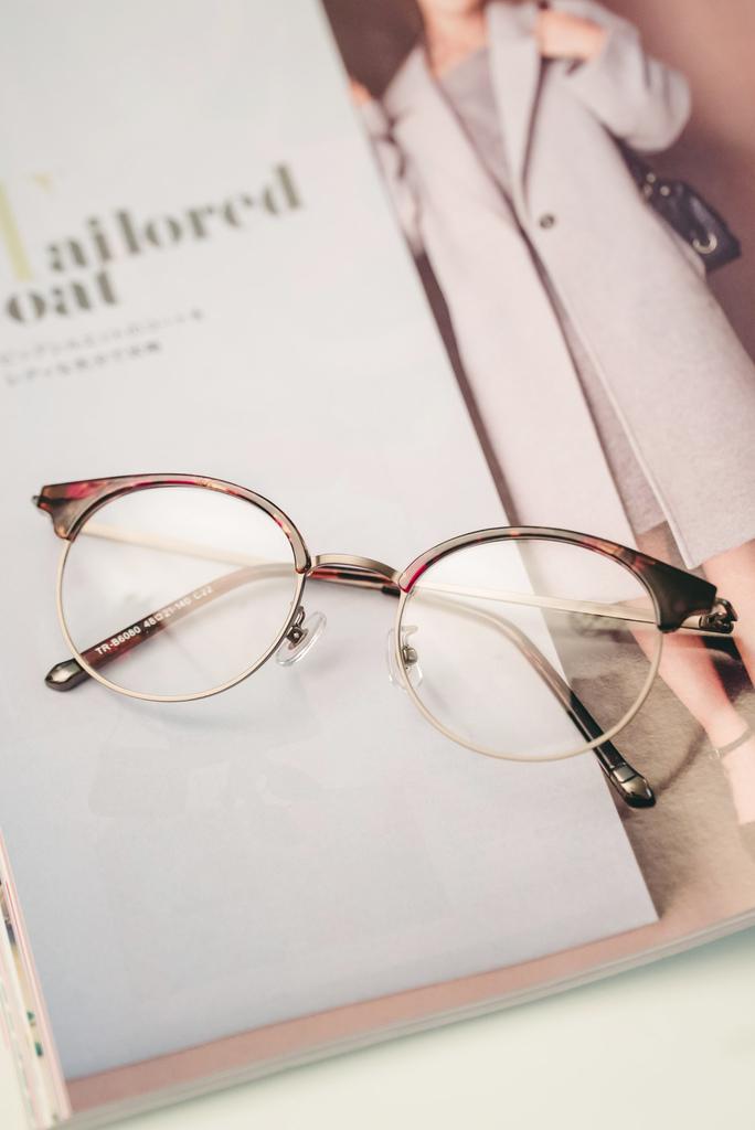 Croisglasses葵洛億眼鏡12 珂荷莉.jpg