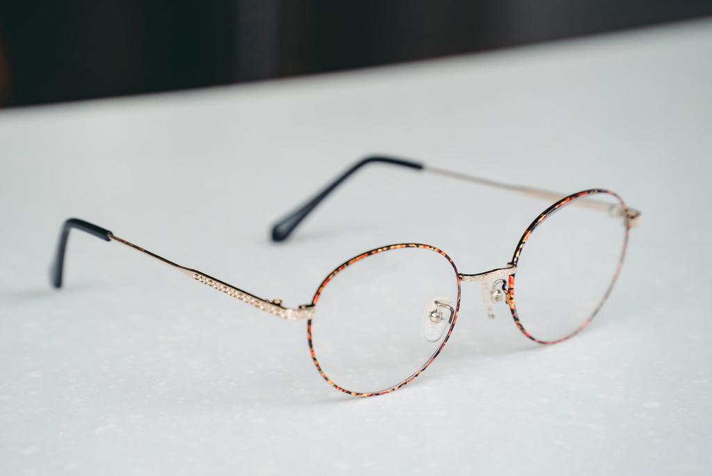 Croisglasses葵洛億眼鏡11 珂荷莉.jpg