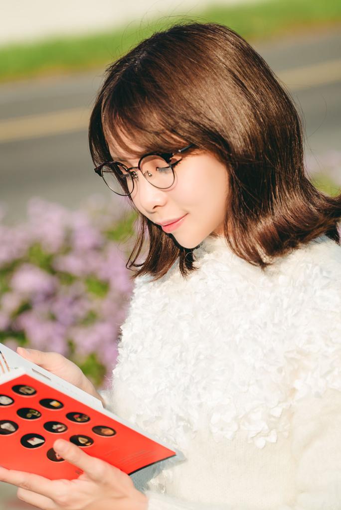 Croisglasses葵洛億眼鏡 glasses 2珂荷莉.jpg