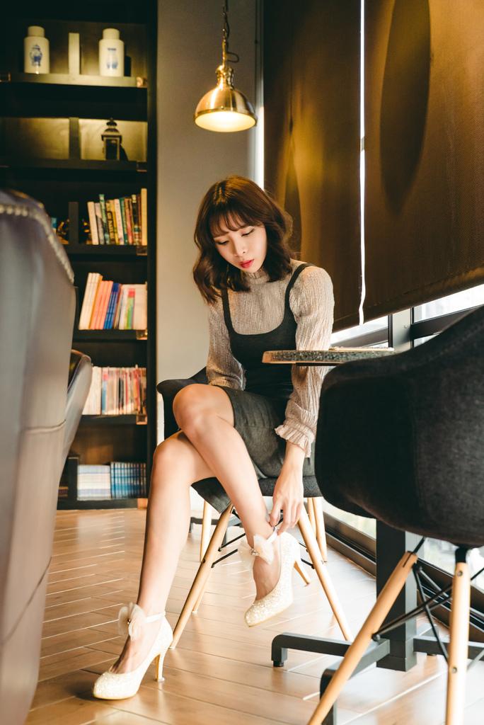 Epris艾佩斯婚鞋 女鞋金色 珂荷莉s.jpg