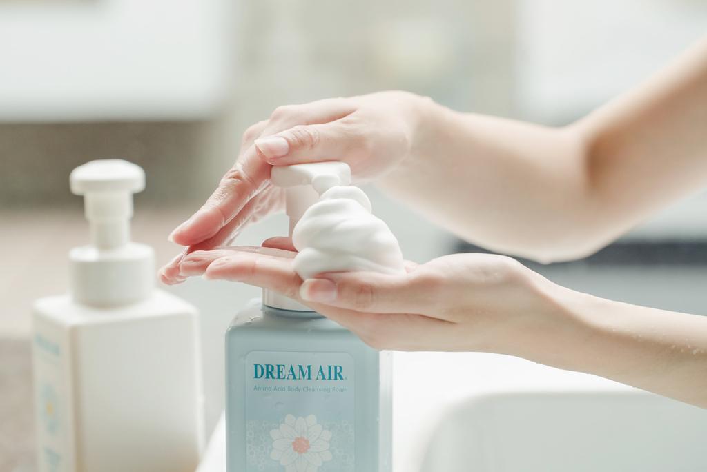 Dreamair微米泡慕絲沐浴乳 珂荷莉13.jpg