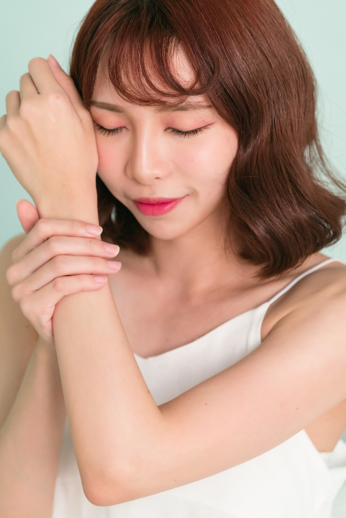 dr. huaung肌本肌本護敏身體霜珂荷莉3.jpg