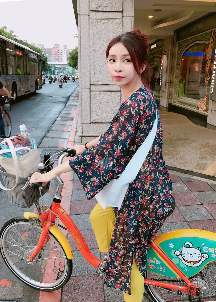 taipei travel u bike珂荷莉.jpg