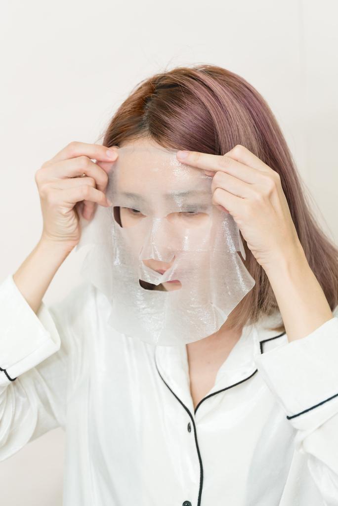 森田藥粧 六重玻尿酸深層透白面膜3 珂荷莉.jpg