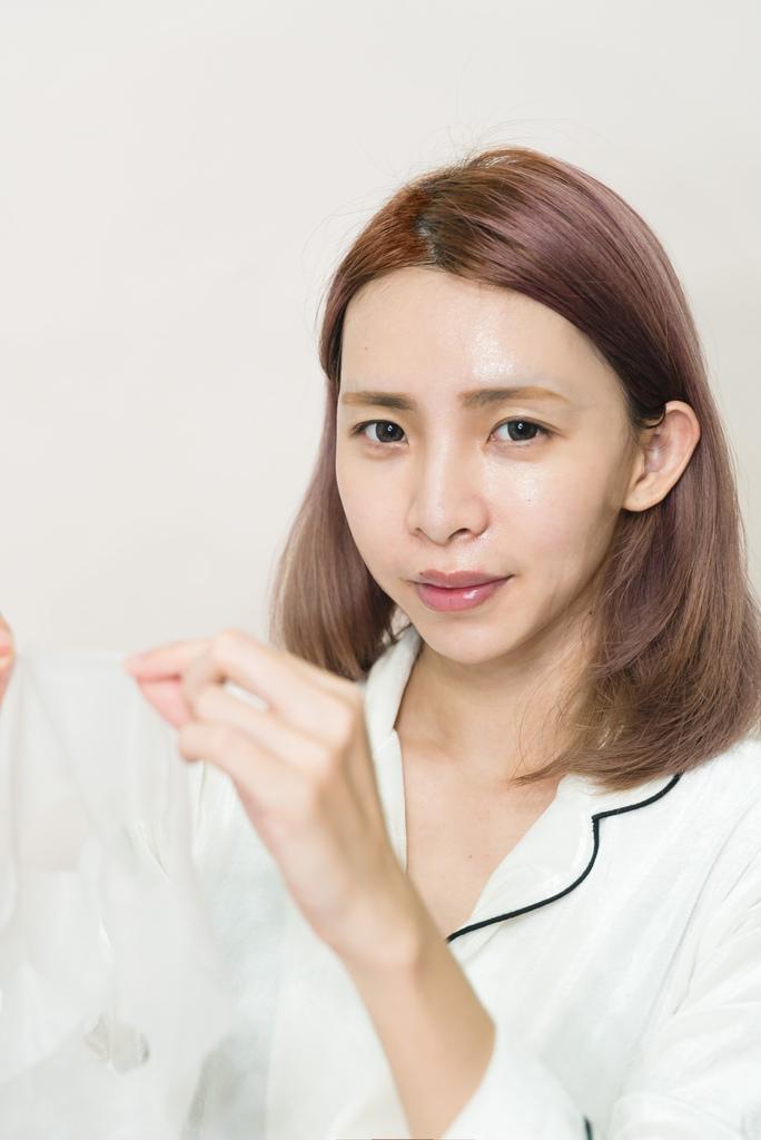 森田藥粧 六重玻尿酸深層透白面膜12 珂荷莉.jpg