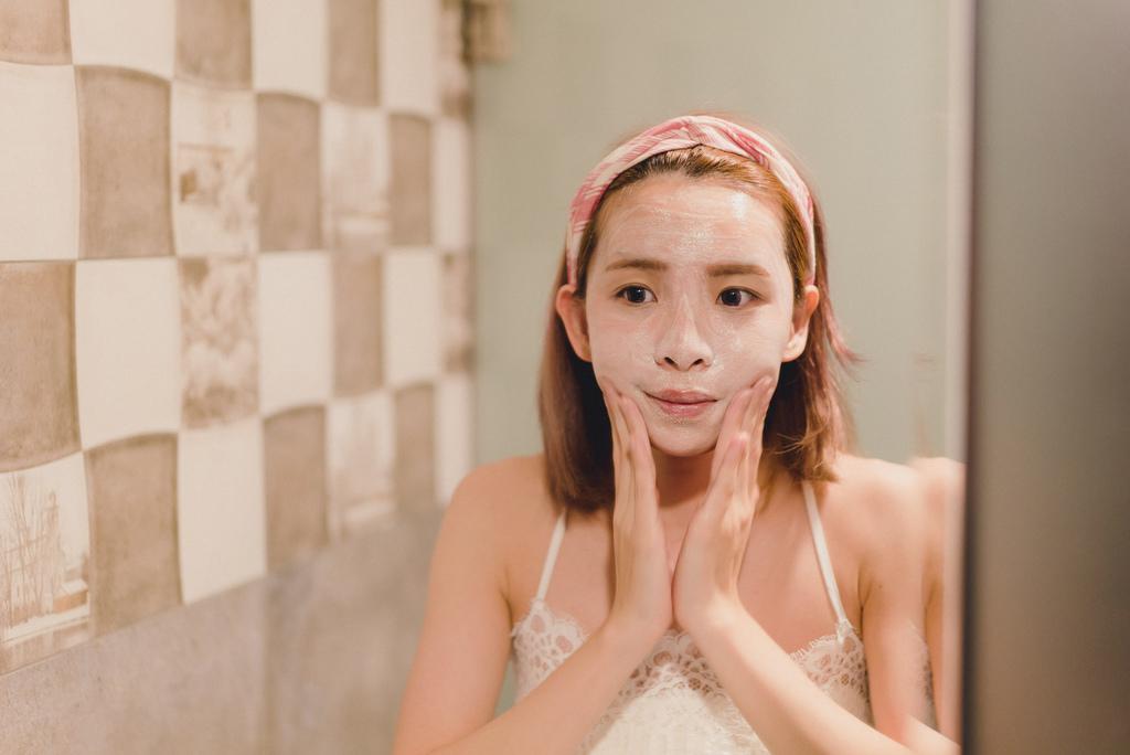 PURITO 蝸牛全效卸妝潔面乳2 珂荷莉.jpg