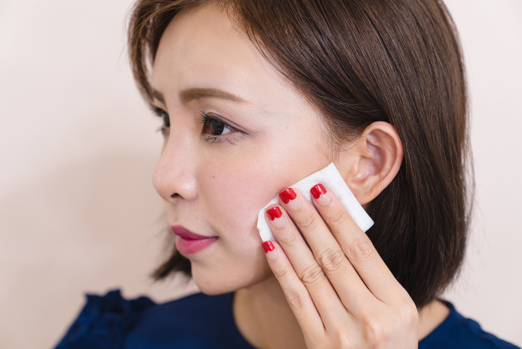 weitree唯萃宣顏深層淨透卸妝露櫻花清爽型16 珂荷莉.jpg