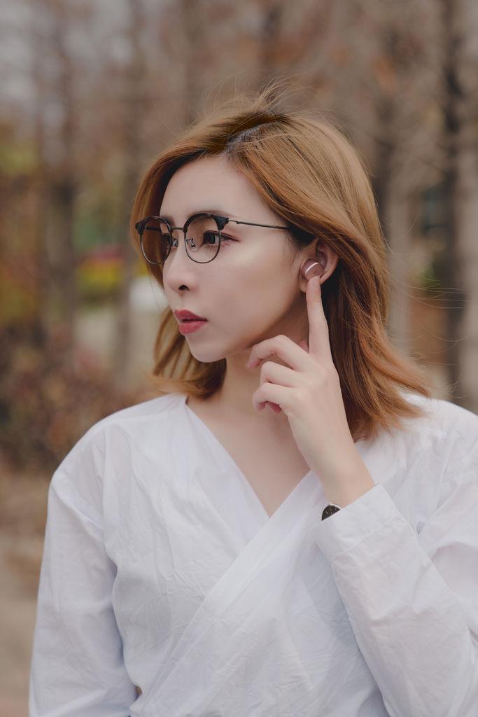嗶丁選物藍芽耳機8 珂荷莉.jpg