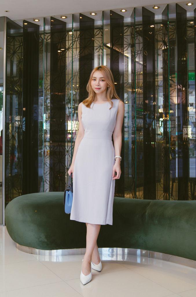 灰藍洋裝5.jpg