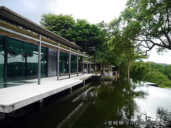 二泉湖畔25.JPG