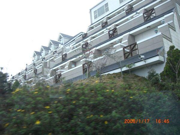 第一晚住的高級渡假村