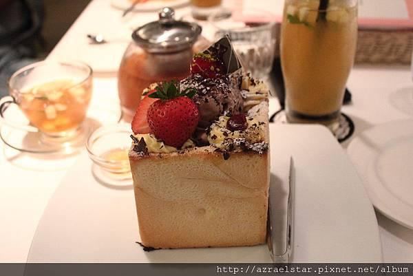 dazzling_cafe-06.JPG