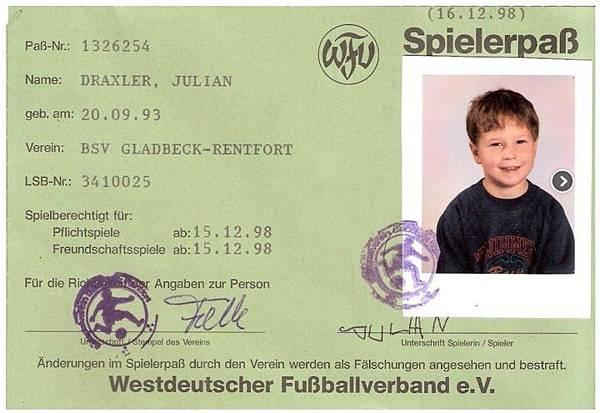 Julian Draxler3