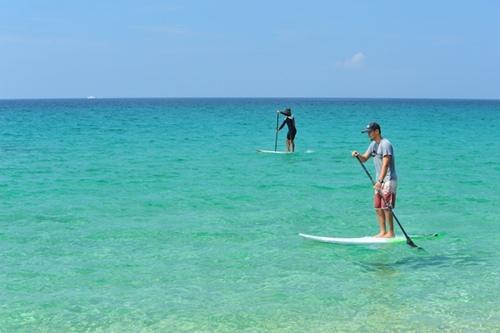 山水沙灘可進行浮潛、衝浪、風帆等活動
