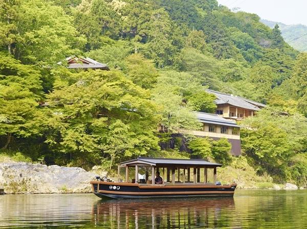 HOSHINOYA.jpg