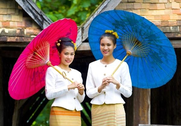 Thai Fun-Bosang umbrella-Chiang mai-ox99_1.JPG